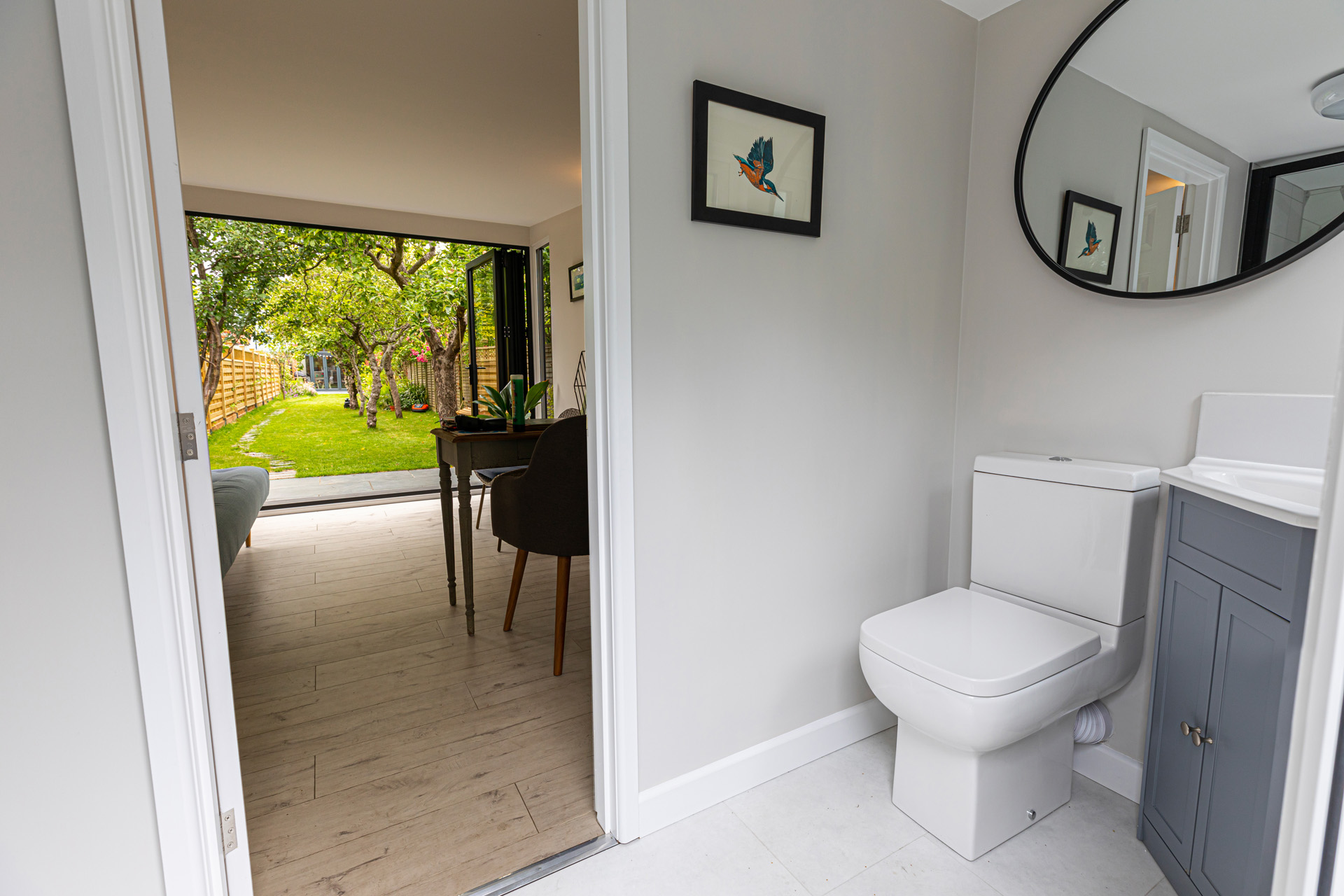 multi purpose garden office with bathroom