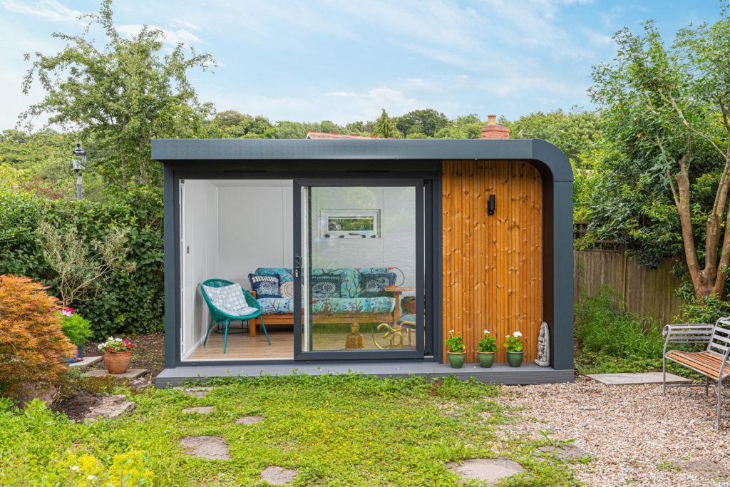 relaxing modern garden building