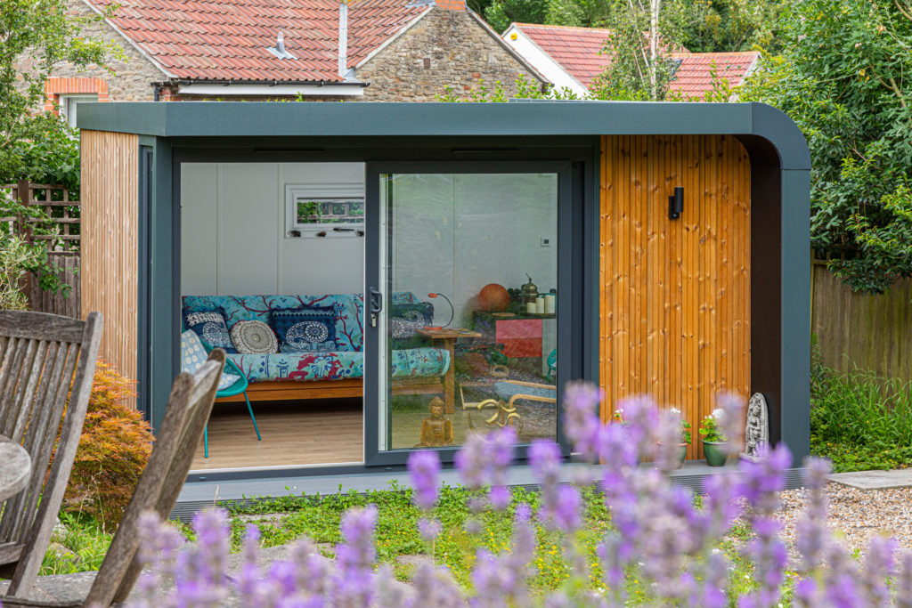 mid sized garden office with modern curve