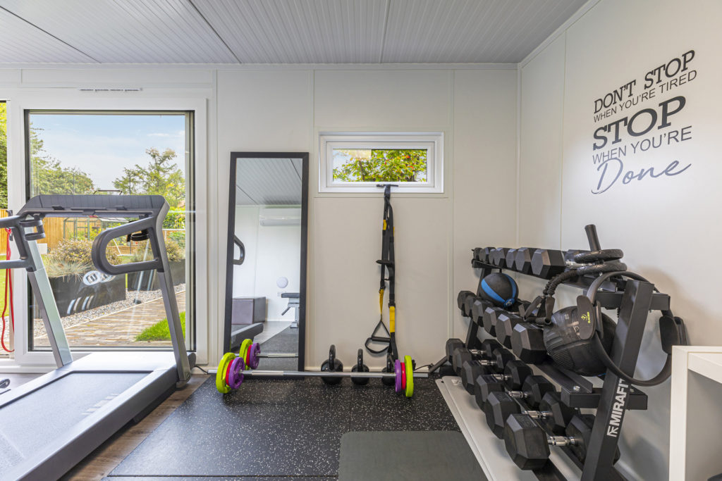 garden room with weight training area