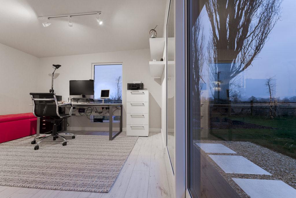 Garden Office Desk and Views